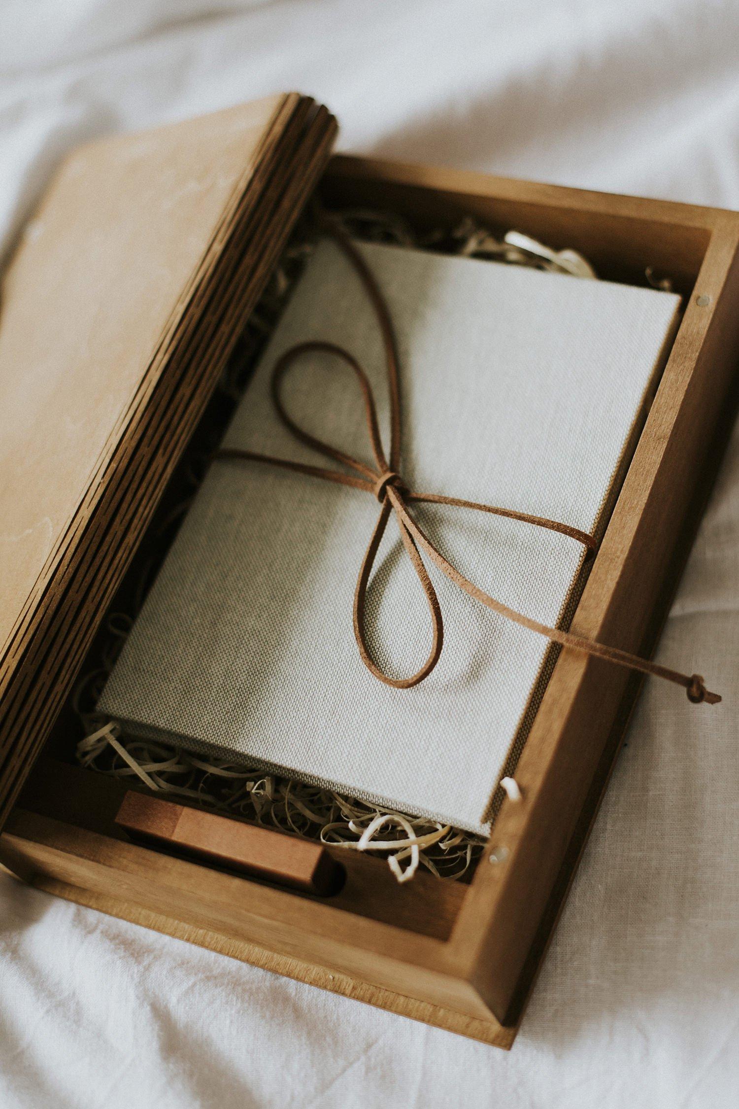 Linen Accordion Photo Album